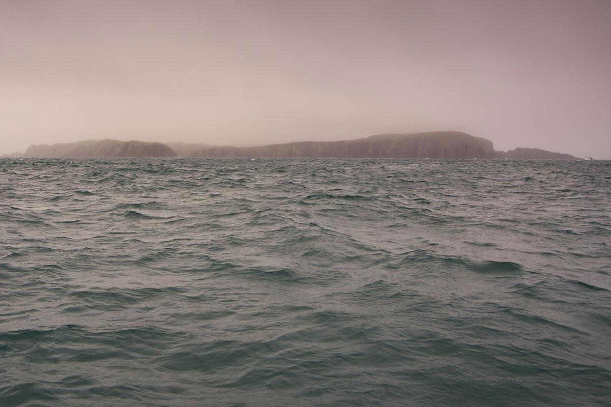 Irish Coast • Ocean Waves, Wind and Rain Noise Generator